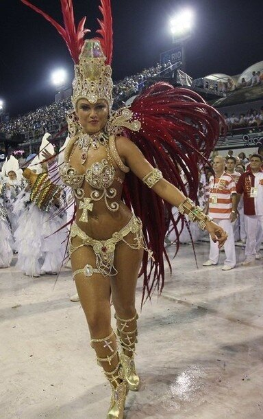 Drum Queen Valesca Santos of the Porto da Pedra samba school participates in the Carnival parade in Rio