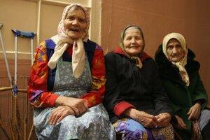 Поликлиники Владивостока принимают ветеранов ВОВ на ежегодные осмотры