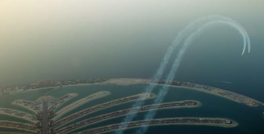 Реактивный полет над Дубаем