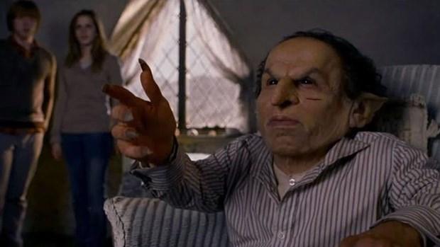 Карлик актер обижается, что даже Мастер Йода выше его ростом
