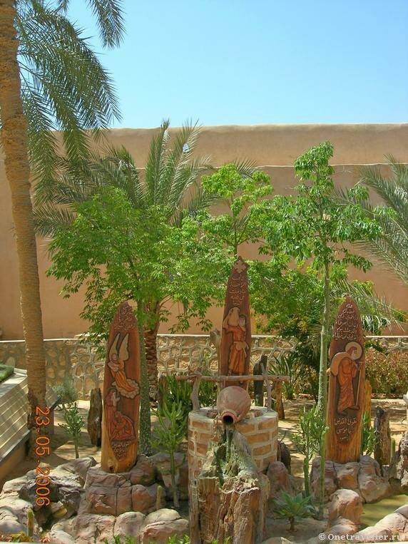 Египет. Коптский монастырь Эль-Барамос.