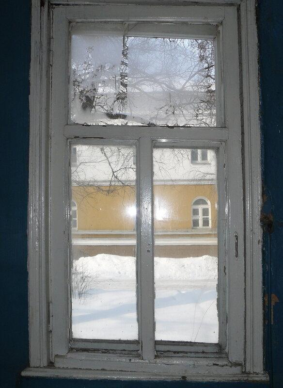 Октябрьская, 11