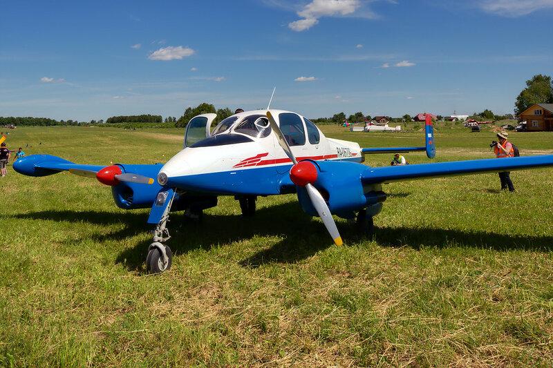 Let L-200 RA-0670G