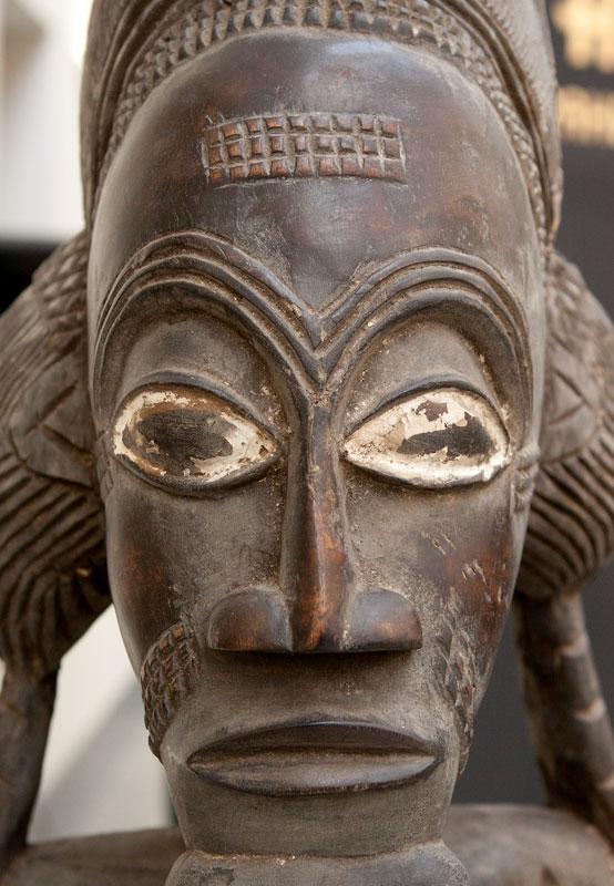 """""""Expozitia de Arta Tropicale Africa dintr-o colecţie de ML  şi LM  Zvyagin """", Muzeul Puskin, Moscova, douăzeci şi nouă aprilie - 24 iulie 2011."""