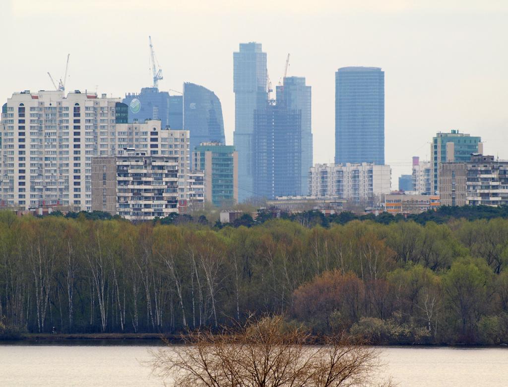 http://img-fotki.yandex.ru/get/5904/parktower99911.3d/0_48b2a_175fca3f_orig