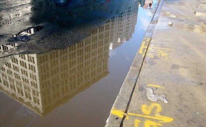 отражение в луже