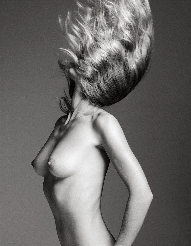 эротическая модель Маша Новоселова / Masha Novoselova, фотограф Markus Pritzi