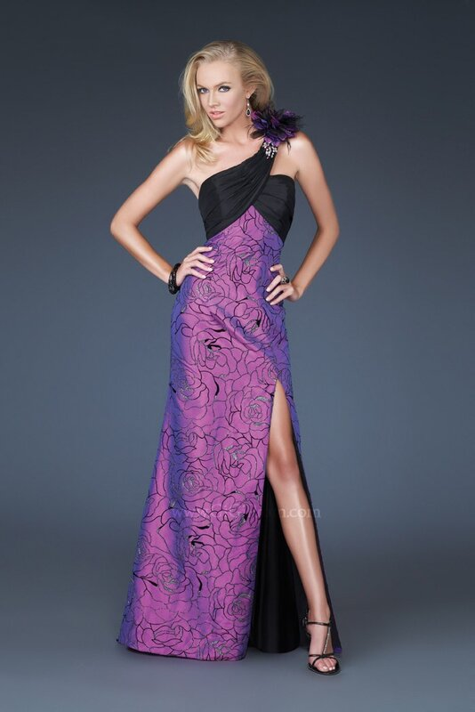 Дизайнерские платья -Gigi 2011.