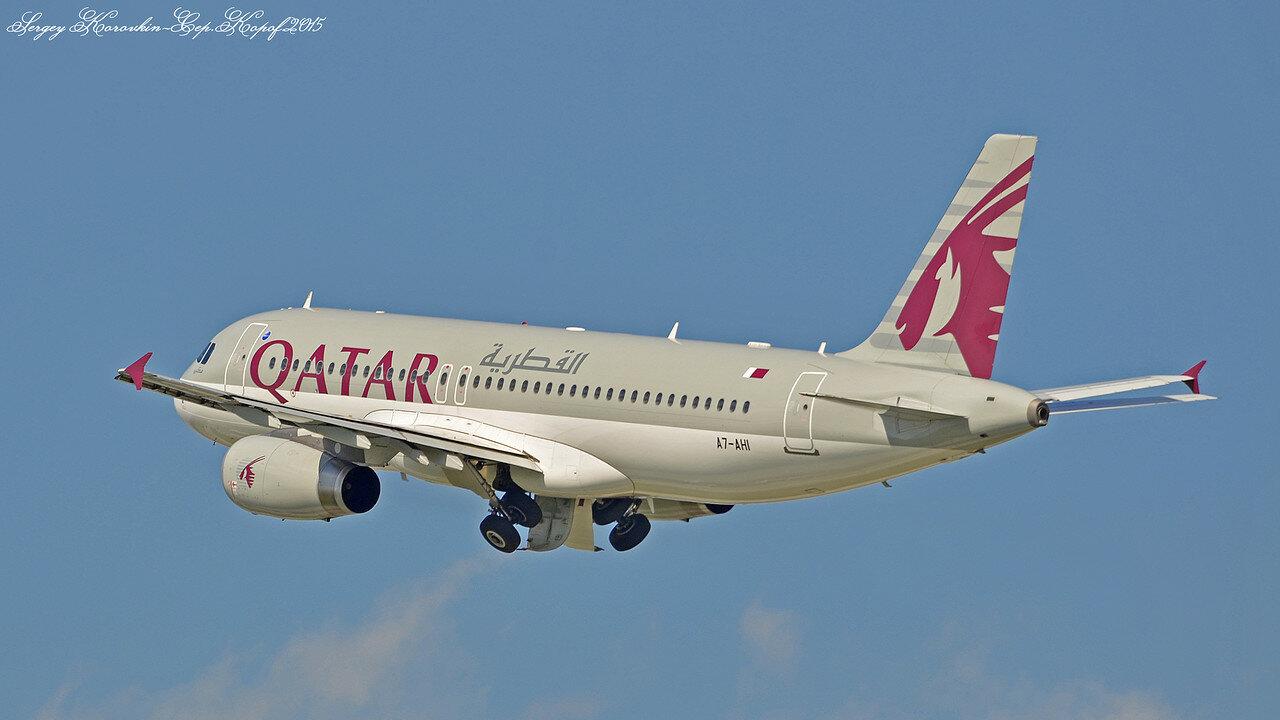 A7-AHI Airbus A320-232 Qatar Airways.JPG