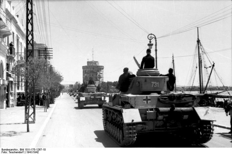 Griechenland, Panzer IV in Hafenstadt