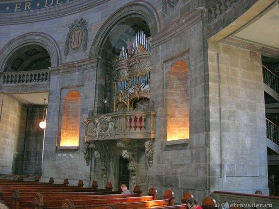 Дания. Копенгаген. Внутреннее убранство Мраморной церкви.