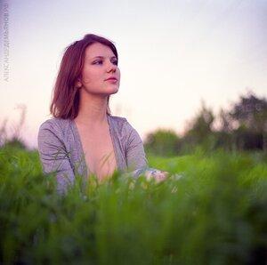 Трава и закат портрет, портрет на природе, фотосессия, фотосессия на природе, девушка, 120, Киев 60