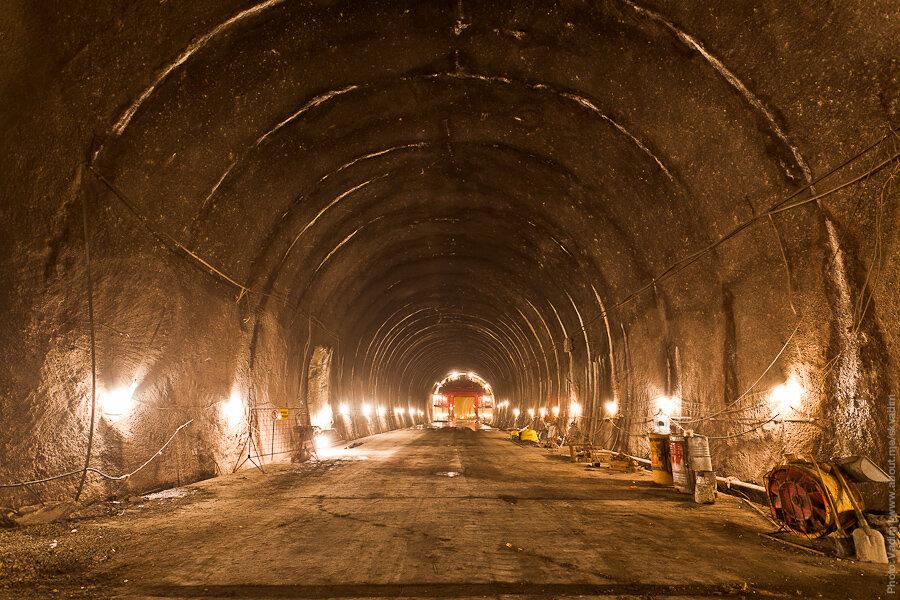 Подготовка к гидроизоляции тоннеля / Preparation for the waterproofing of the tunnel