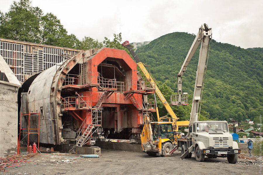 Бетонирование тоннеля / concreting of the tunnel