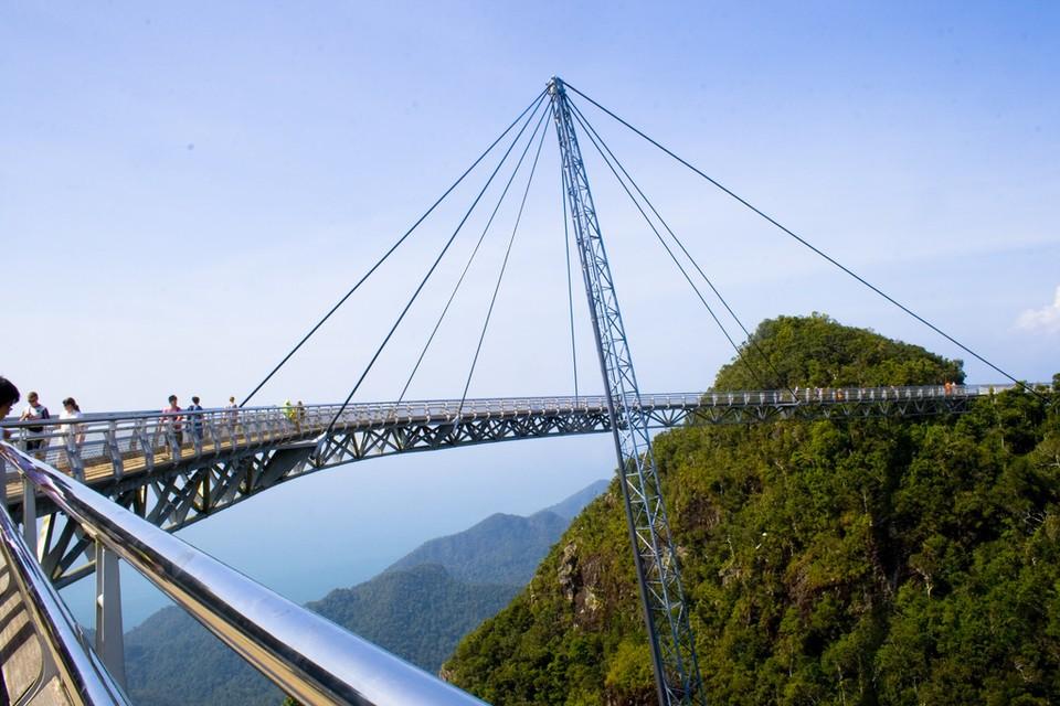 Sky Bridge Langwaki — мост, поднявшийся на высоту 700 метров.