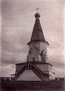 Окрестности Шенкурска. Село Шоговары. Церковь Живоначальной Троицы