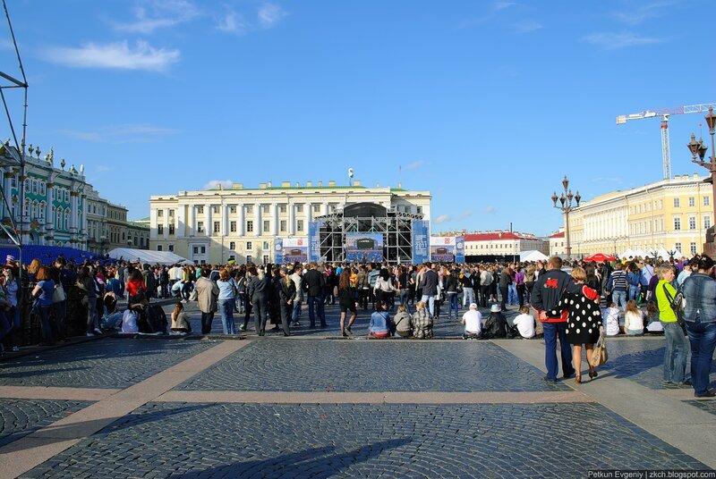 Бесплатный концерт Стинга на Дворцовой площади 16 июня 2011 года.