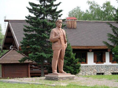 Белокуриха. Памятник Ленину