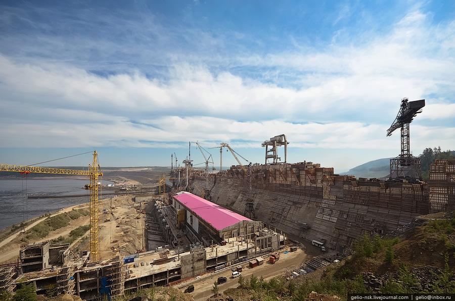 Строительство Богучанской ГЭС (Красноярский край) 2011
