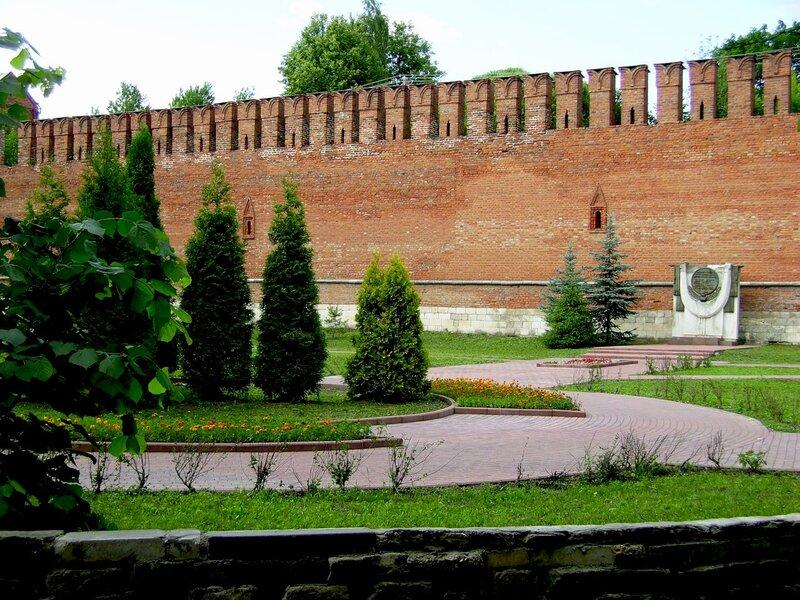 Смоленск. У крепостной стены