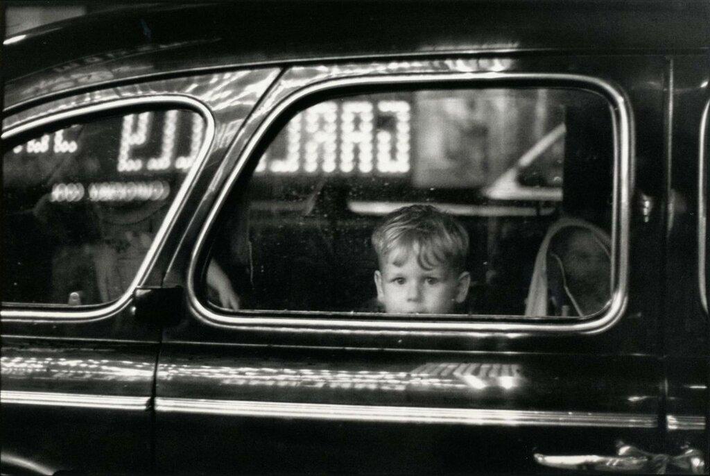 Elliott Erwitt Pittsburgh, 1950.jpg