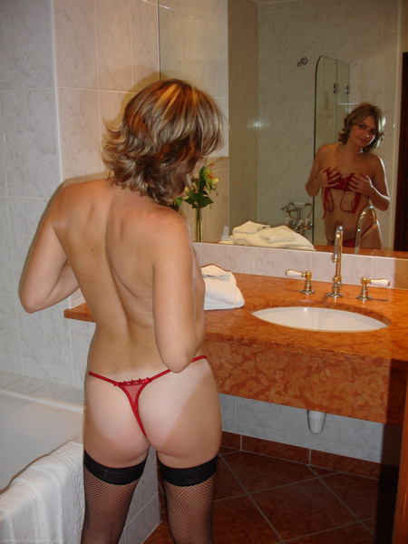 фото русских девушек в микро бикини №17418