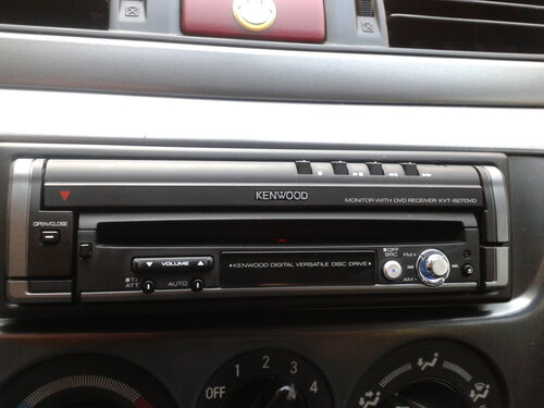 1 DIN Kenwood KVT-627DVD