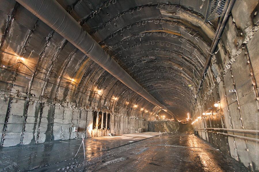 Проходка тоннеля / Tunneling