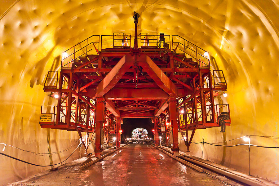 гидроизоляция тоннеля / waterproofing of the tunnel