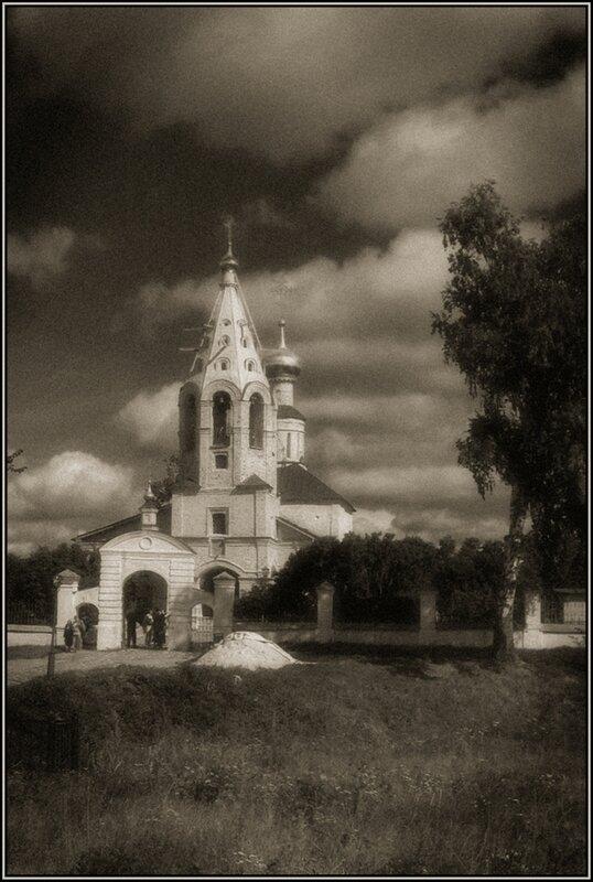 Церковь Рождества Богородицы в селе Городня на Волге