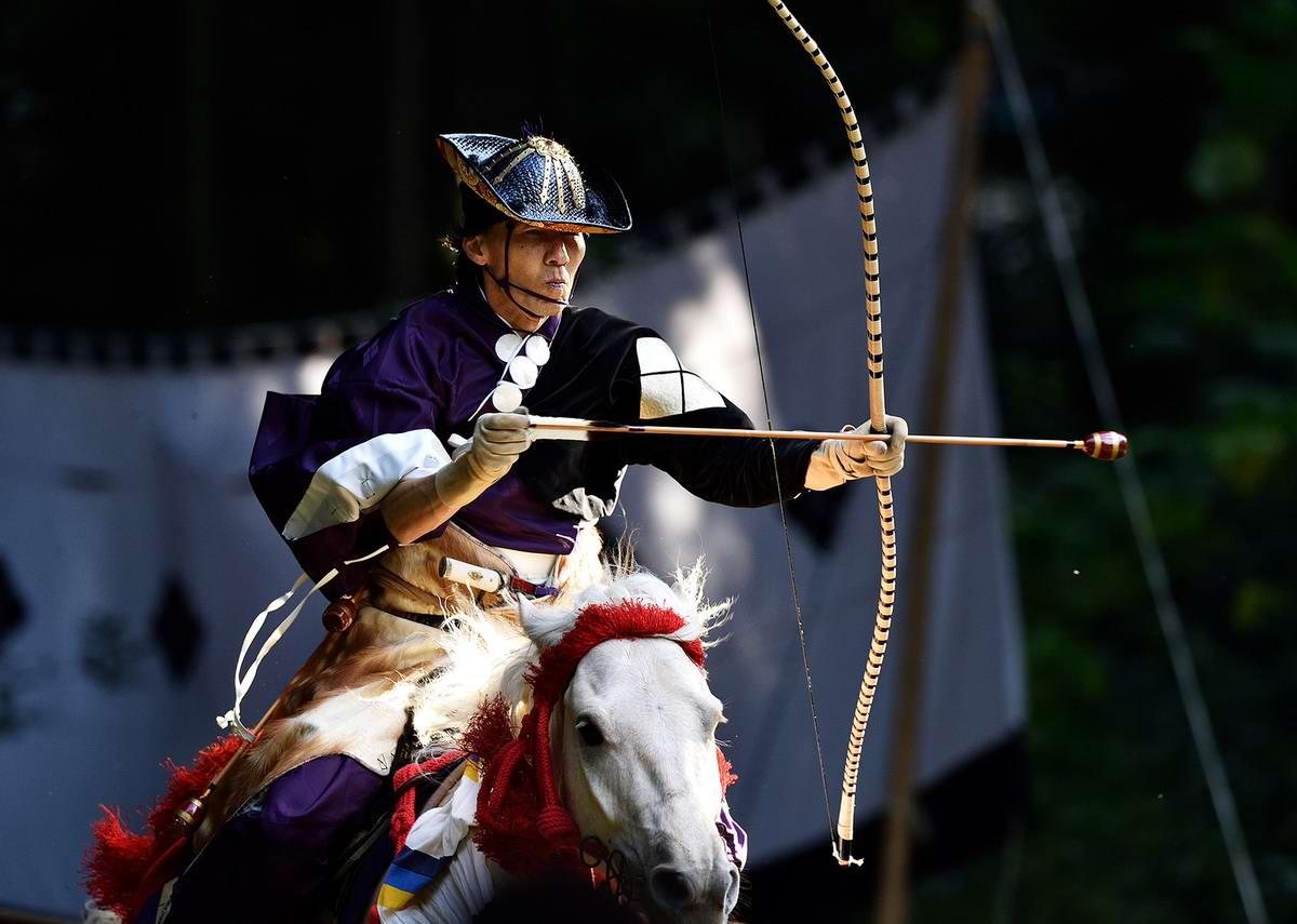Стреляем из лука на полном скаку: Потомки японских самураев (19)