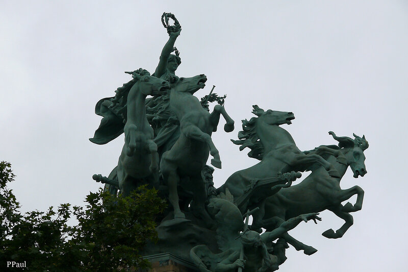 Париж, Париж. Париж.....Квадриги Большого дворца