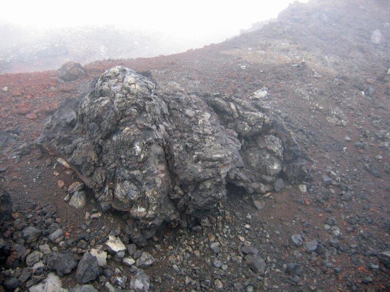 Вулканическая бомба, Толбачик, Северный прорыв, Камчатка