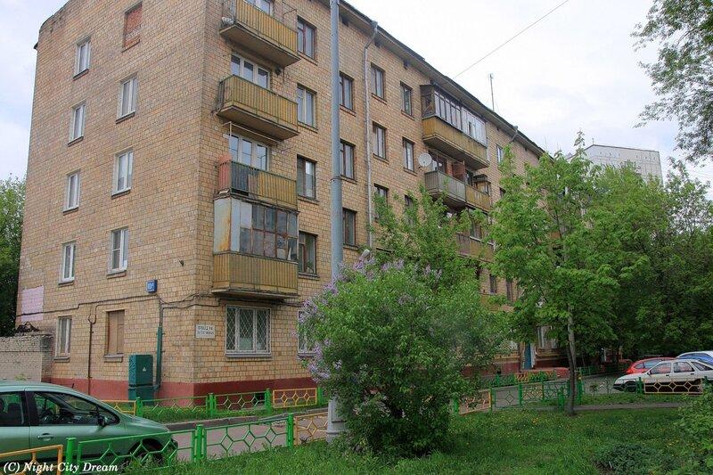 http://img-fotki.yandex.ru/get/5908/night-city-dream.ad/0_5a8c0_7ceff17c_XL.jpg