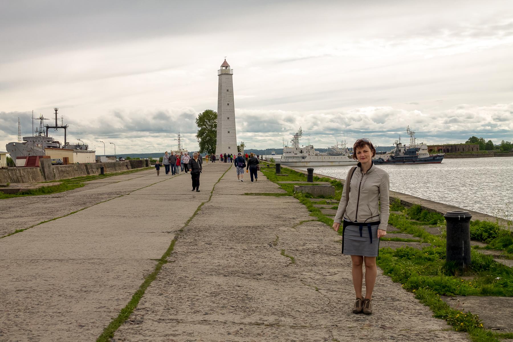 Я и маяк в Кронштадте.