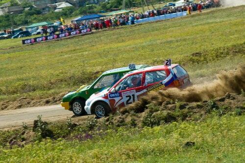 В Молдове прошел второй этап чемпионата страны по автокроссу
