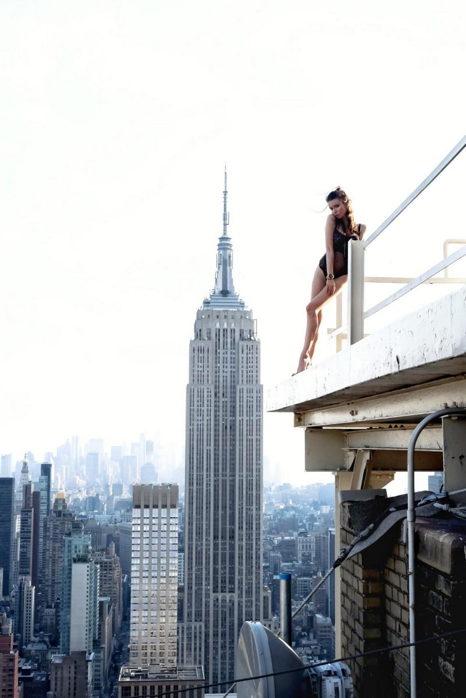 Трахнул на крыше небоскреба 13 фотография
