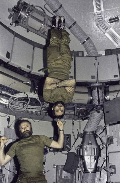 Carr and Pogue in Skylab