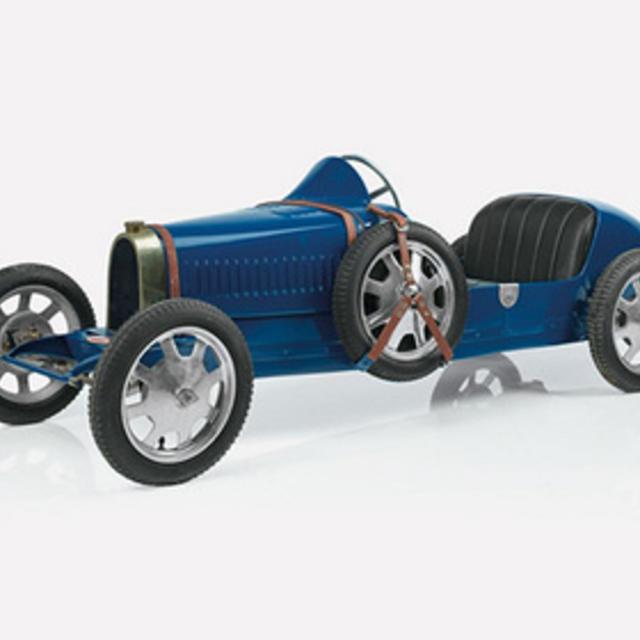 Детский Bugatti стоит 50 000 долларов