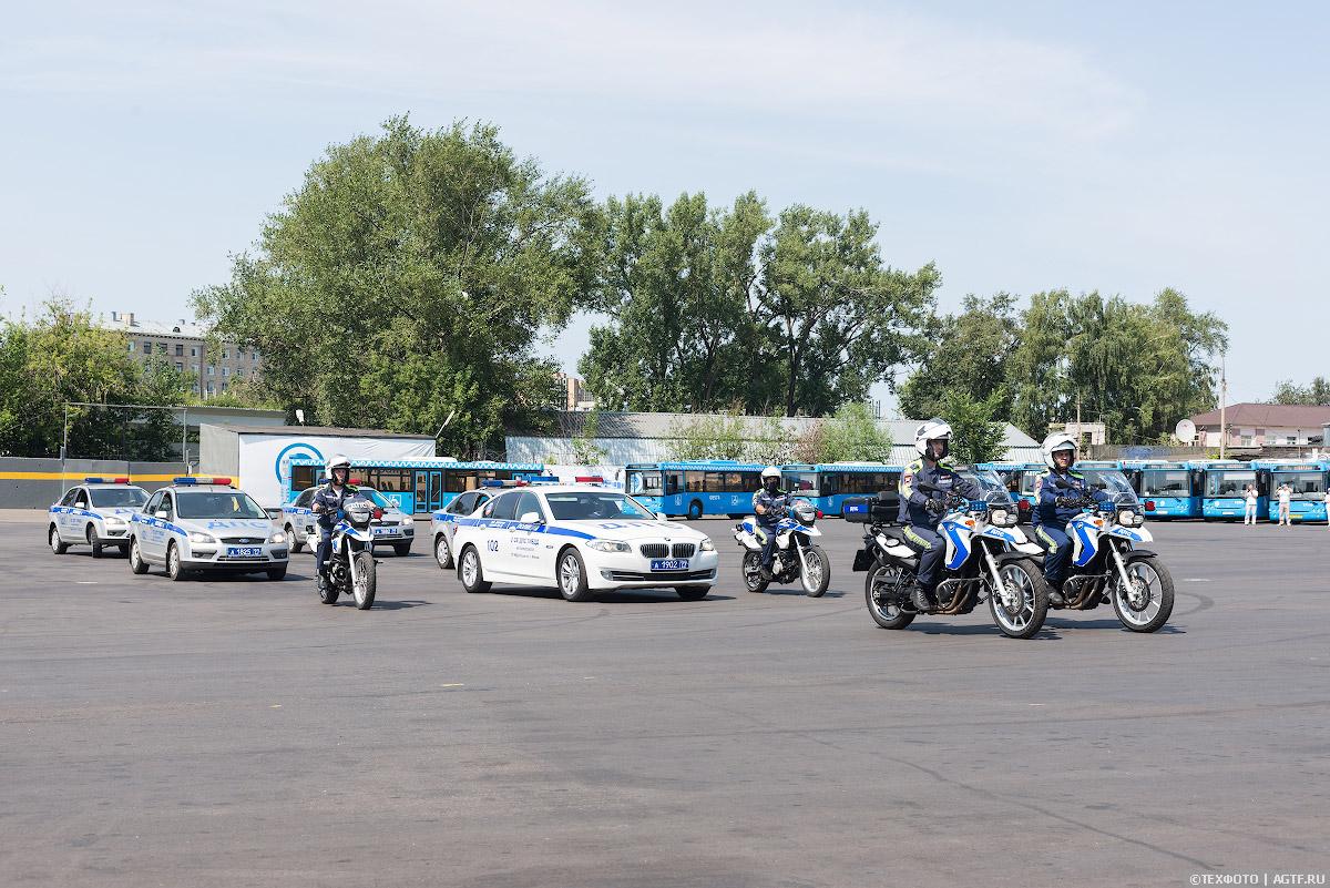 Конкурс мастерства водителей автобусов. Показательная часть.