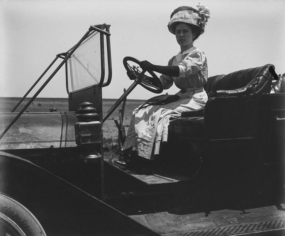 Около 1910 года. Фото: THE MONTIFRAULO COLLECTION/GETTY IMAGES. В качестве символа влиятельности и с