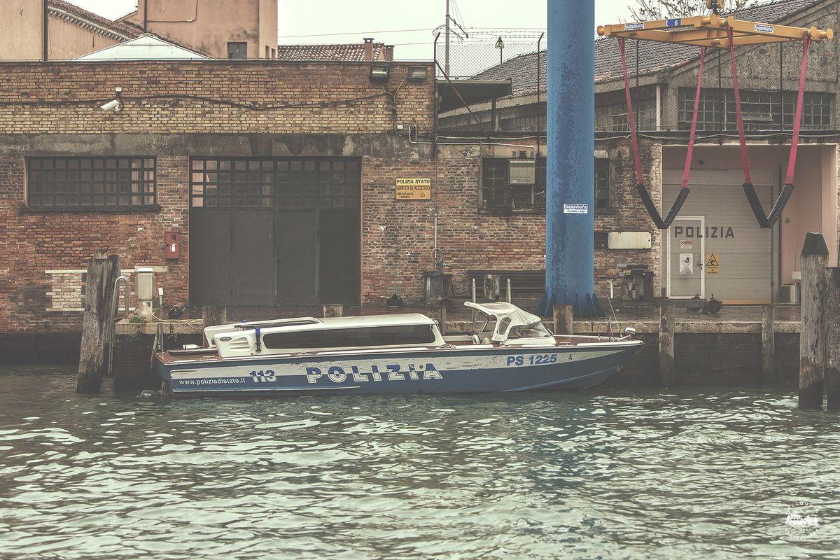 Венеция, конечно, поразила меня. И не только тем, как ловко и незаметно у меня украли кошелек практи