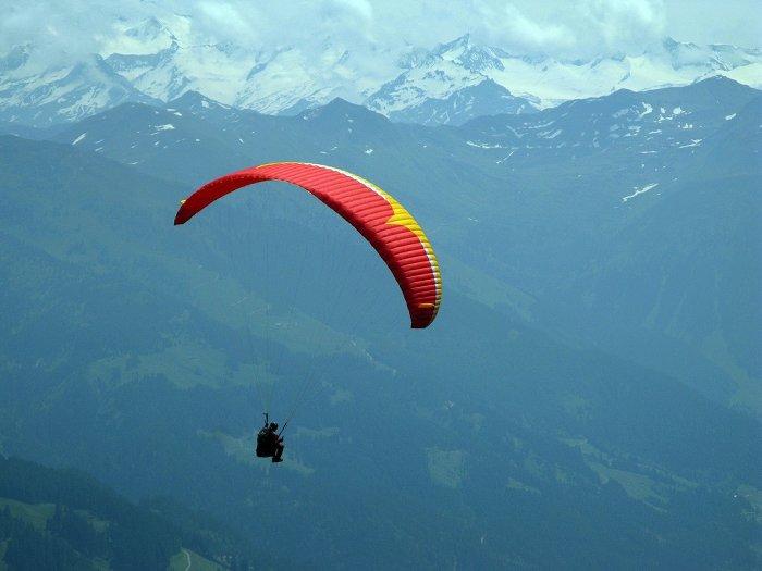 7. Хмачал-Прадеш Уединиться от шумного внешнего мира и погрузиться в природу позволит параглайдинг.