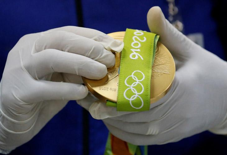 Медали для Олимпиады в Рио (23 фото)