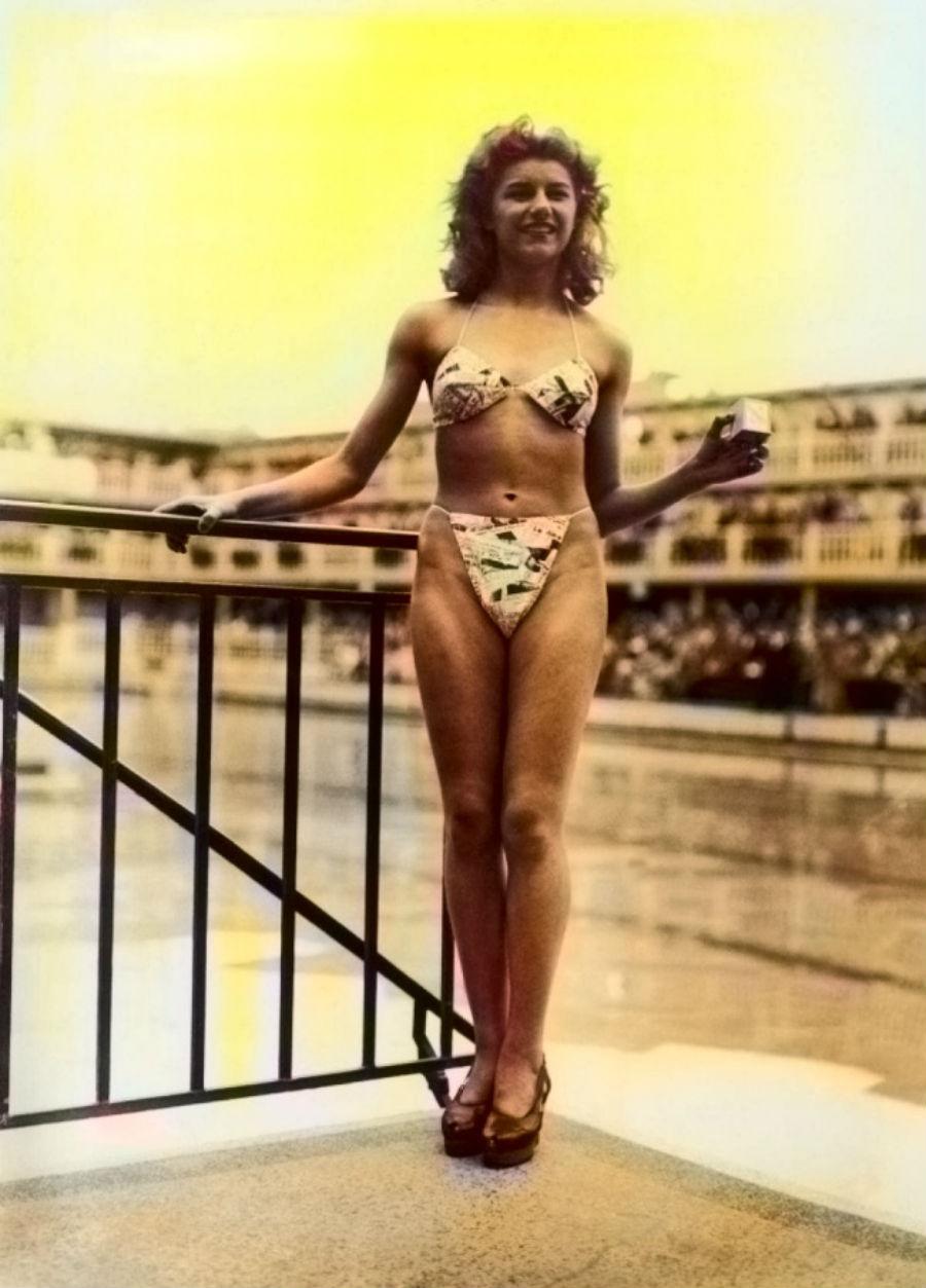 В 1946 году французский модельер Луи Реард создал бикини. 1960-е годы