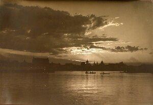 Вид с Днепра на Киев.