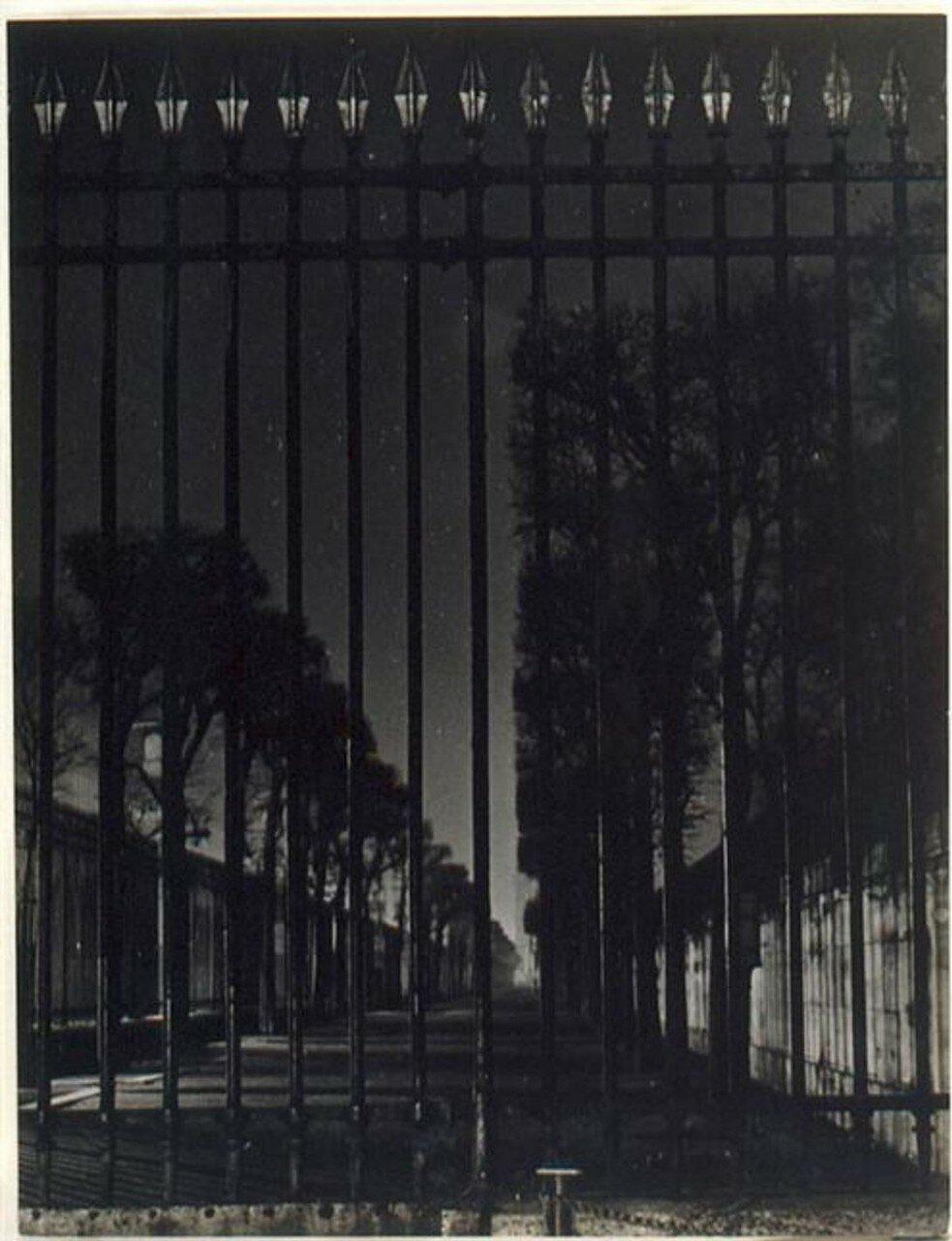 1930. Решетка ворот сада Тюильри