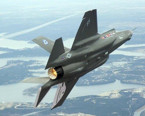 Пентагон заключил контракт на поставки истребителя F-35