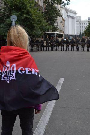 В Днепропетровске продолжается протест. Приобщайтесь!
