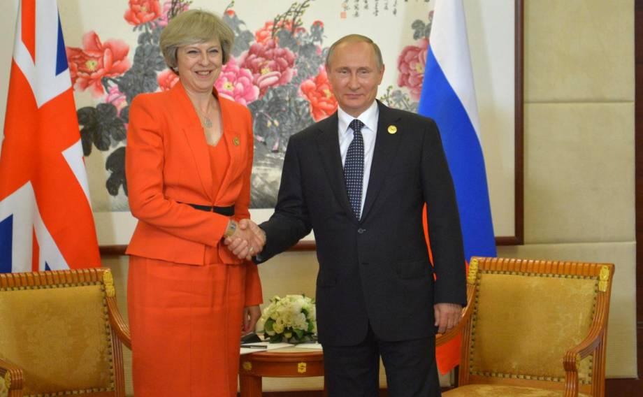"""Мэй дала понять Путину, что """"бизнеса в обычном режиме"""" не будет, - The Times"""